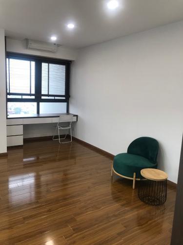 phòng sinh hoạt chung căn hộ riviera point Căn hộ Duplex Riviera Point tầng 20 bàn giao nội thất cơ bản, view thành phố.