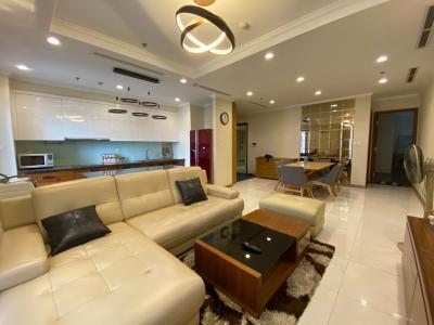 Căn hộ Vinhomes Grand Park nội thất đầy đủ, 4 phòng ngủ.