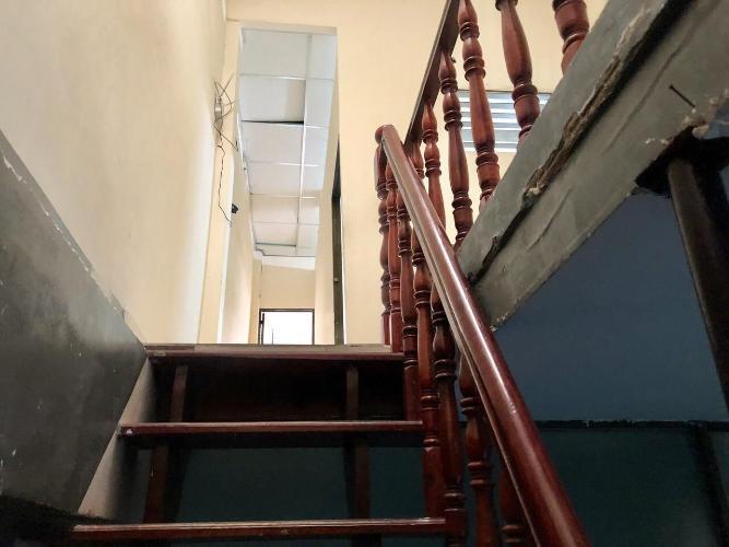Cầu thang nhà phố Bình Thạnh Bán nhà phố hẻm đường Vạn Kiếp, phường 3, Bình Thạnh, diện tích đất 40m2, diện tích sàn 60m2, không có nội thất