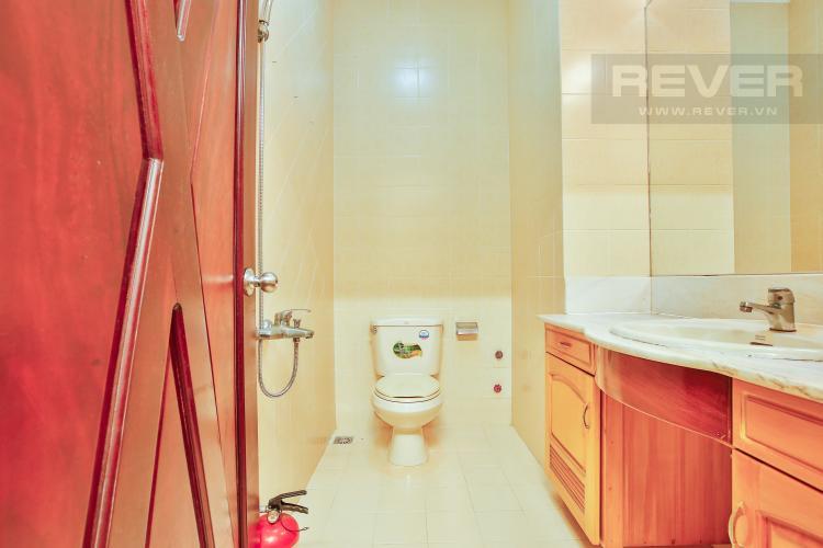Phòng tắm 3 Nhà phố đường số 9 thiết kế đẹp, nội thất sang trọng