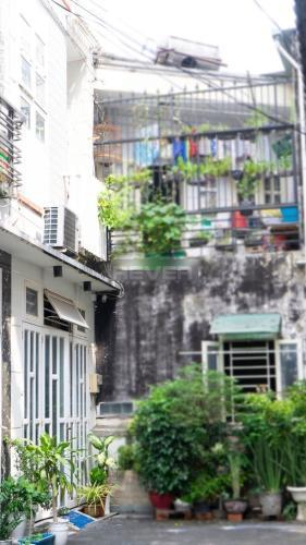 Nhà phố đường Quang Trung, Gò Vấp Nhà phố Gò Vấp diện tích 80m2 nội thất cơ bản, hẻm xe hơi 5m.