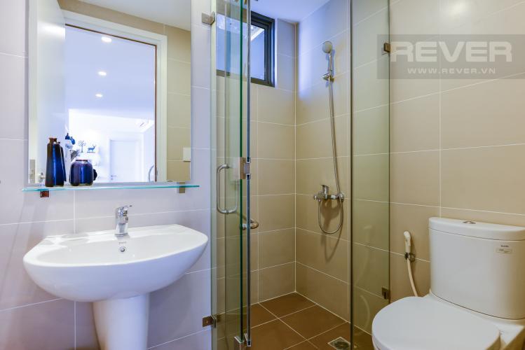 Phòng tắm 1 Căn hộ Masteri Thảo Điền tầng cao tháp T4A view sông thoáng mát