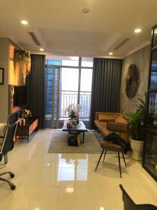 Cho thuê căn hộ Vinhomes Central Park 2PN, tháp Landmark 2, đầy đủ nội thất, ban công hướng Bắc