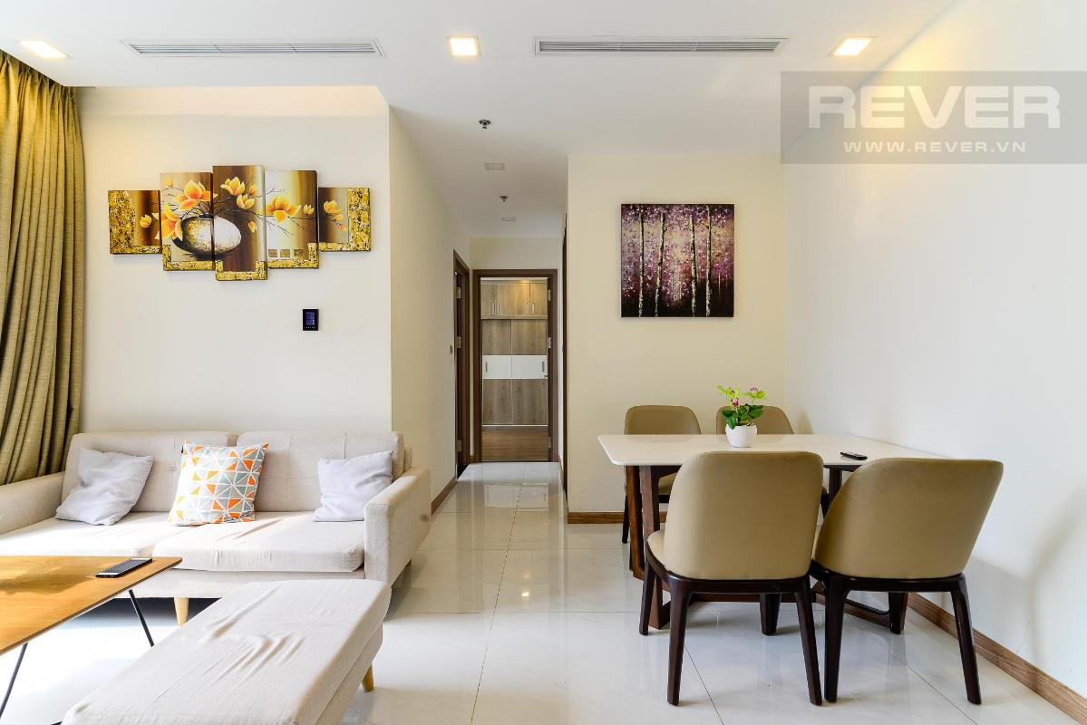 Living room Cho thuê căn hộ Vinhomes Central Park 2PN, tầng thấp, diện tích 75m2, đầy đủ nội thất, view nội khu