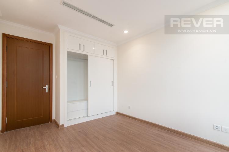 Phòng ngủ 2 Căn góc Vinhomes Central Park tầng trung L2 nội thất cơ bản, view sông