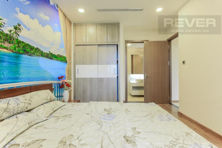 Phòng Ngủ 2 Căn hộ Vinhomes Central Park 2 phòng ngủ, tầng trung P6, view hồ bơi