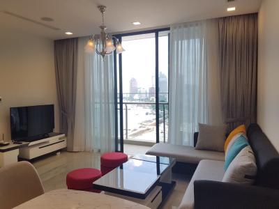 Cho thuê căn hộ Vinhomes Golden River 2PN, diện tích 78m2, đầy đủ nội thất, view sông và Bitexco