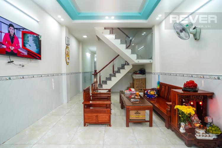 Phòng khách nhà phố Quận 7 Bán nhà 3 tầng hẻm Trần Xuân Soạn, Quận 7, diện tích 77m2, cách mặt tiền đường Trần Xuân Soạn 30m