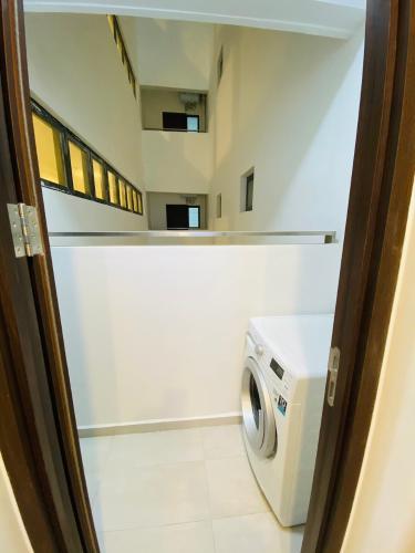 Phòng giặt ủi căn hộ One Verandah, Quận 2 Căn hộ One Verandah tầng 12 view thành phố, view sông thoáng mát.