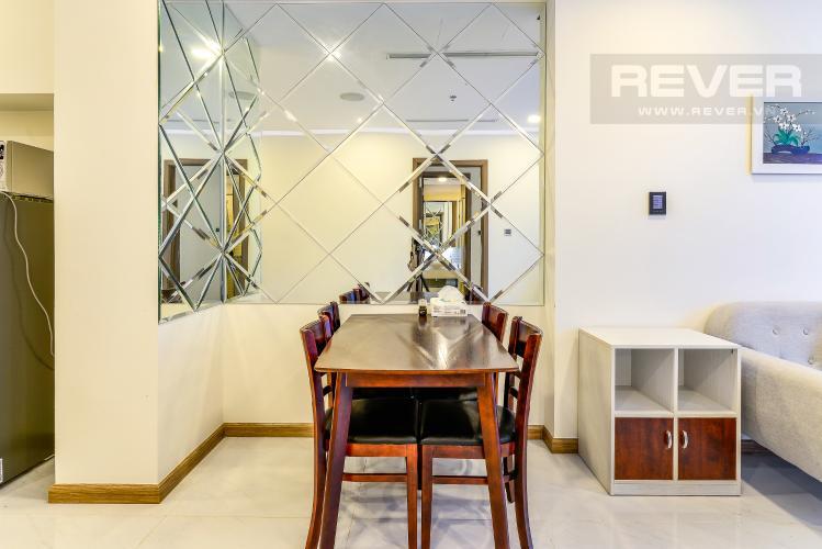 Phòng Ăn Bán và cho thuê căn hộ Vinhomes Central Park tầng cao 2PN đầy đủ nội thất