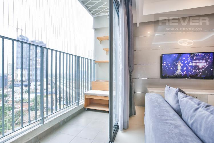 Ban Công Căn góc Masteri Thảo Điền 3 phòng ngủ tầng trung tòa T5