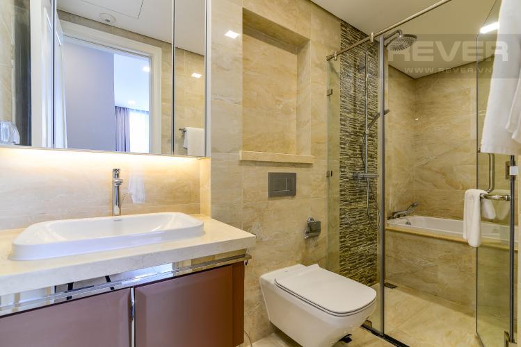 Phòng Tắm 2 Căn hộ Vinhomes Golden River tầng cao, 2PN 1WC, nội thất đầy đủ, view sông