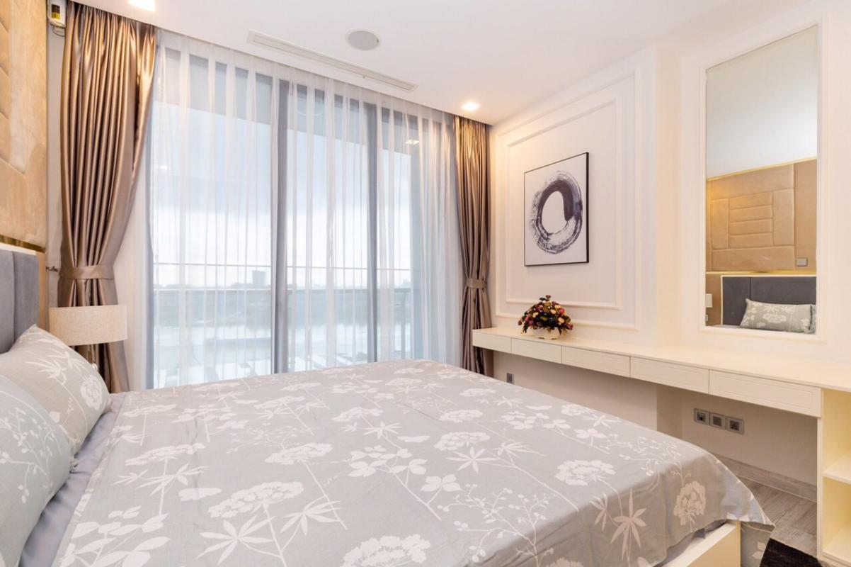 1571470394213 Bán hoặc cho thuê căn hộ Vinhomes Golden River 3PN, đầy đủ nội thất, view sông Sài Gòn và bán đảo Thủ Thiêm