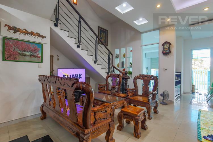 Phòng Khách Cho thuê nhà phố KDC Khang An - Phú Hữu Q.9, 3 tầng, 5 phòng ngủ, đầy đủ nội thất, diện tích 168m2