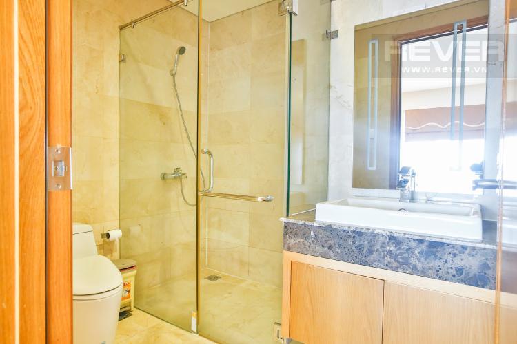 Phòng tắm 2 Duplex Saigon Pavillon 2 phòng ngủ ngay trung tâm