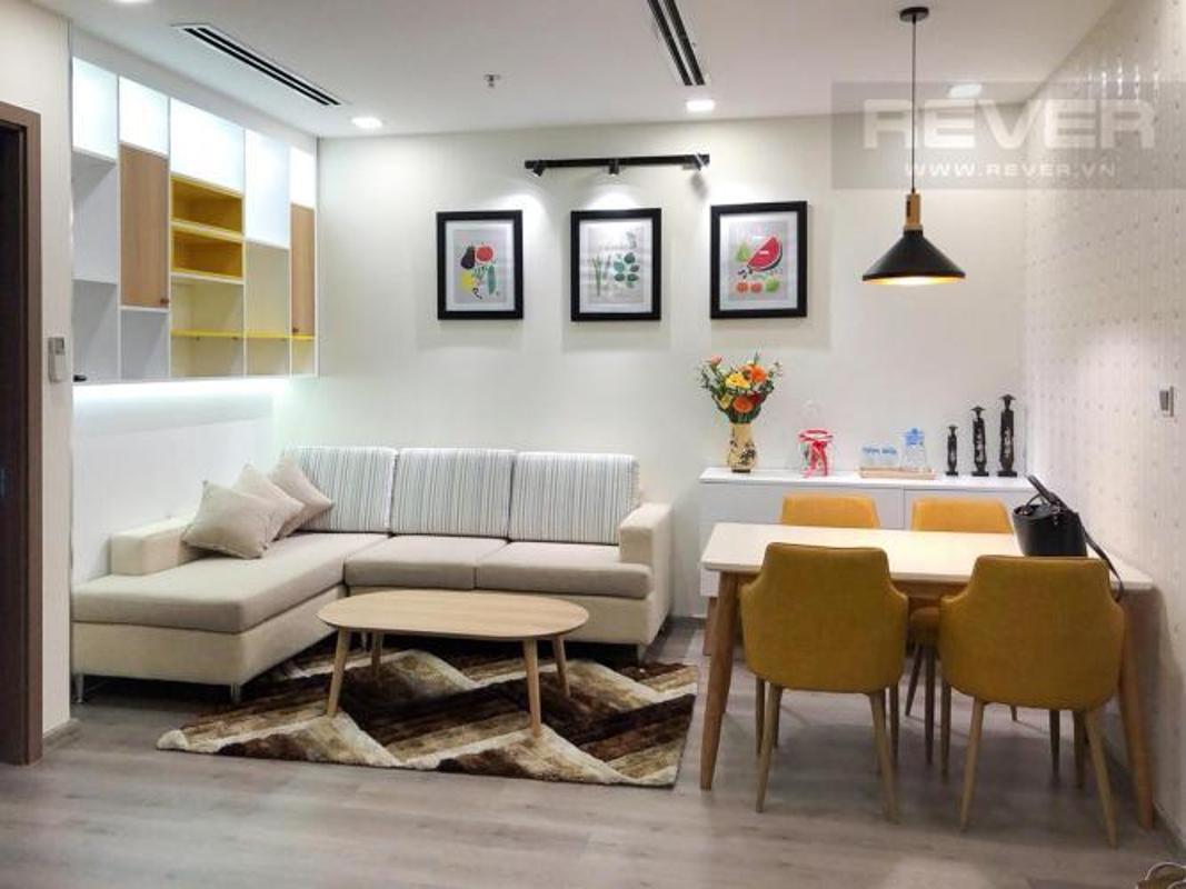 Phòng khách Bán hoặc cho thuê căn hộ Vinhomes Central Park 1PN, tầng cao, diện tích 51m2, đầy đủ nội thất