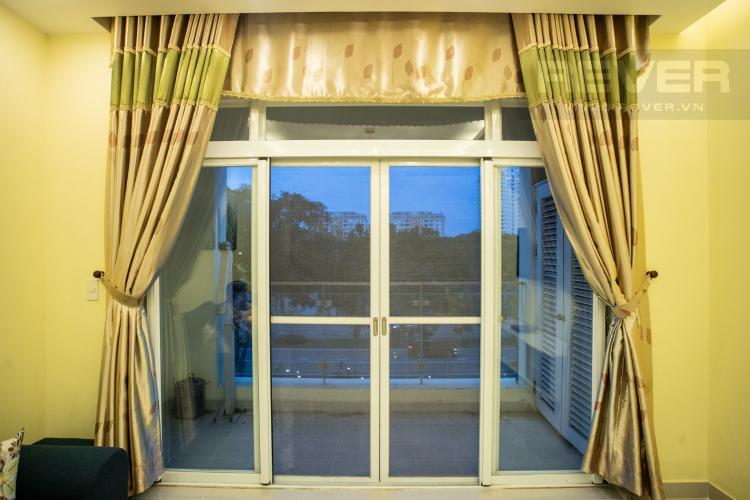 Ban Công Cho thuê căn hộ Riverside Residence, tầng thấp, đầy đủ nội thất, hướng Đông đón gió