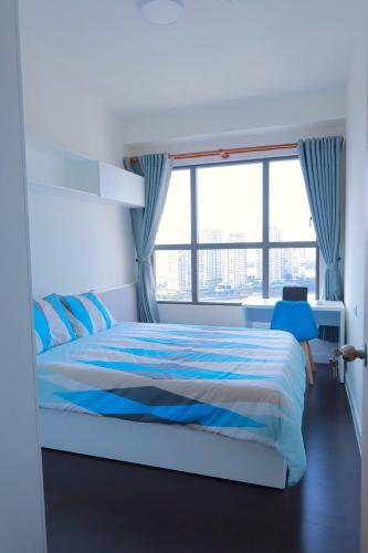 Phòng ngủ căn hộ The Sun Avenue Căn hộ The Sun Avenue tầng 19, view thành phố sầm uất.