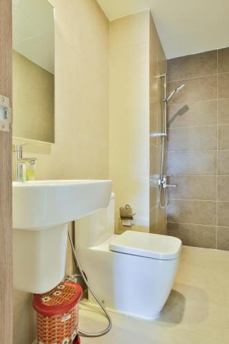 Phòng tắm căn hộ LEXINGTON RESIDENCE Bán hoặc cho thuê căn hộ Lexington Residence, tầng cao, đầy đủ nội thất, ban công hướng Đông