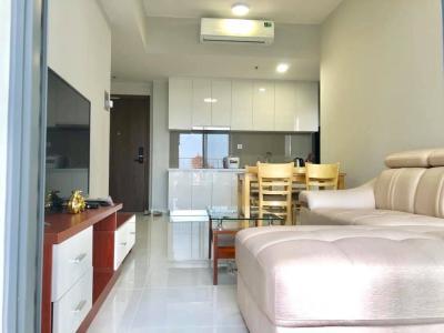 Cho thuê căn hộ Masteri An Phú 2 phòng ngủ, tầng 6, tháp A, đầy đủ nội thất, view hồ bơi