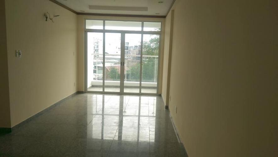 Căn hộ Hoàng Anh Thanh Bình tầng thấp, view khu dân cư yên tĩnh.