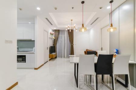 Căn hộ Vinhomes Central Park 3 phòng ngủ tầng cao L1 đầy đủ nội thất