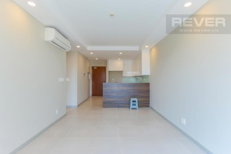 Phòng Khách Căn hộ The Gold View 2 phòng ngủ tầng trung A1 nội thất cơ bản