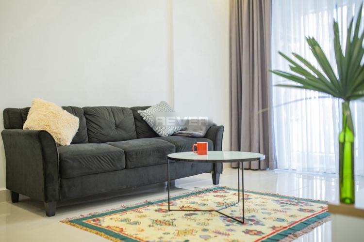 Căn hộ Kingdome 101 thiết kế gam màu vàng trắng, nội thất hiện đại.