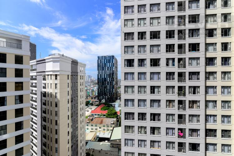 View Cho thuê căn hộ Saigon Royal 2PN, tháp A, đầy đủ nội thất, view hồ bơi