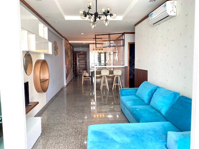 Phòng khách căn hộ Hoàng Anh Thanh Bình Căn hộ Hoàng Anh Thanh Bình tầng cao, view ngắm trọn thành phố.
