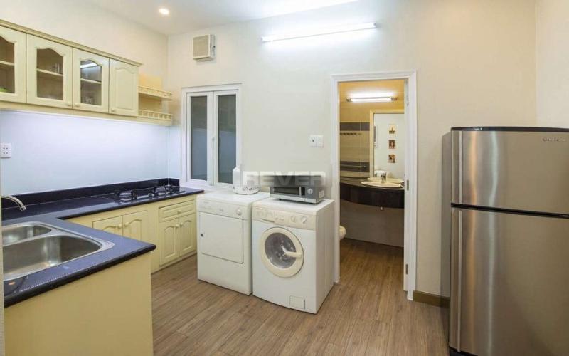 Phòng bếp chung cư Lý Văn Phức Quận 1  Căn hộ chung cư Lý Văn Phức nội thất đầy đủ, trung tâm thành phố.