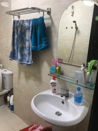 Phòng tắm Heaven Riverview, Quận 8 Căn hộ Heaven Riverview tầng trung, hướng Nam view thành phố.
