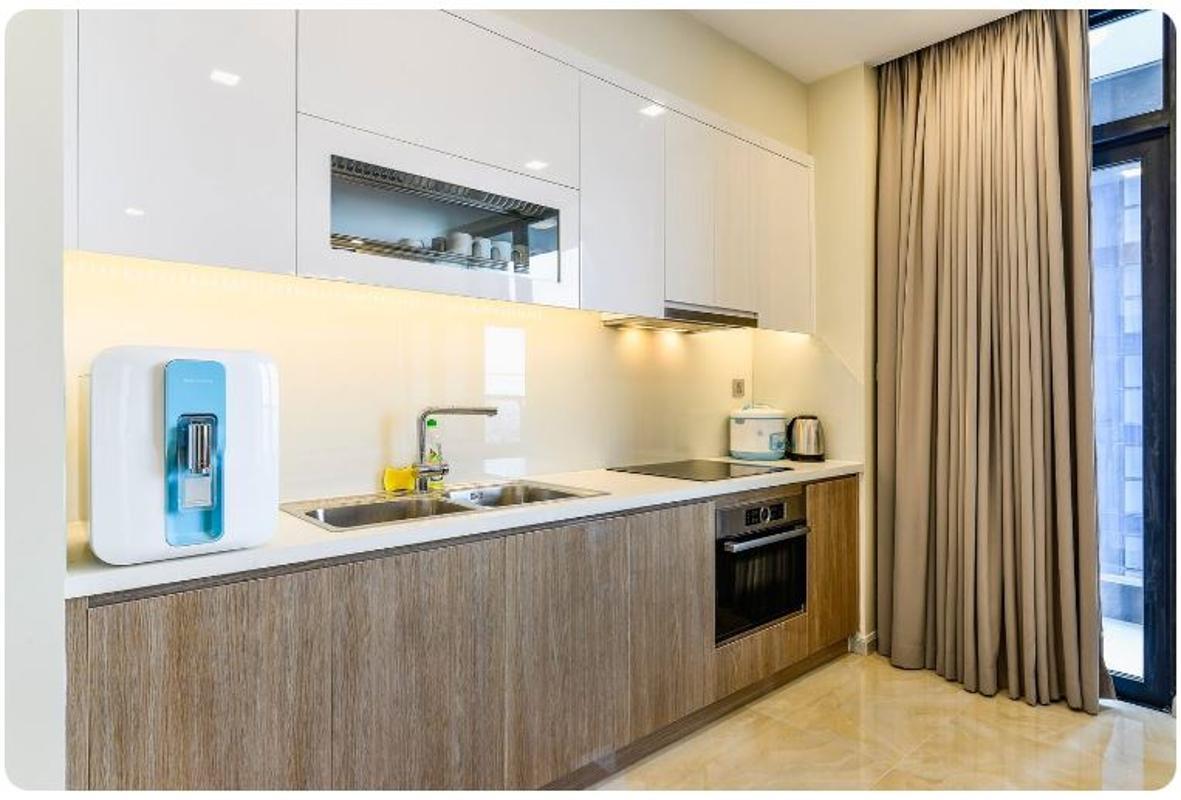 14 Bán căn hộ Vinhomes Golden River 2PN, tháp The Aqua 1, nội thất cơ bản, view sông và Landmark 81