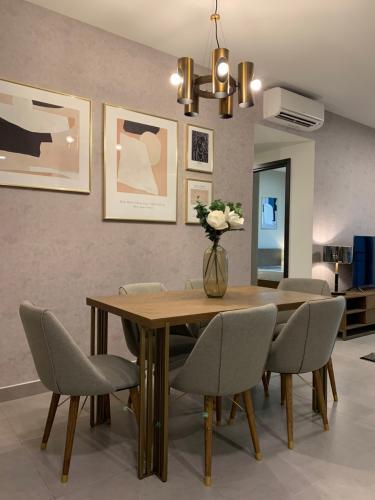 Căn hộ Feliz En Vista tầng 23, nội thất cơ bản.