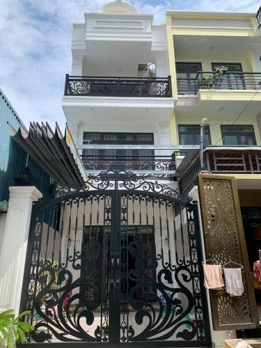 Bán nhà đường hẻm Đặng Văn Bi, sổ hồng đầy đủ, diện tích đất 88.6m2.