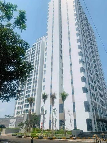 Bán căn hộ Thủ Thiêm Dragon tầng trung,  2 phòng ngủ, diện tích 79.4 m2, không có nội thất.