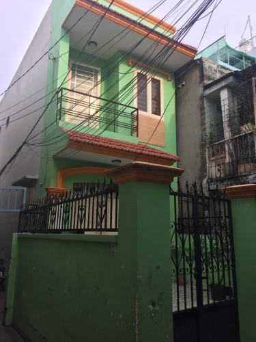 Bán nhà 2 tầng hẻm Đoàn Văn Bơ, phường 14, Quận 4, không nội thất, sổ hồng