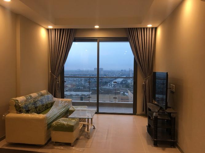 Phòng khách The Gold View, Quận 4 Căn hộ The Gold View tầng cao, view cầu Nguyễn Văn Cừ.