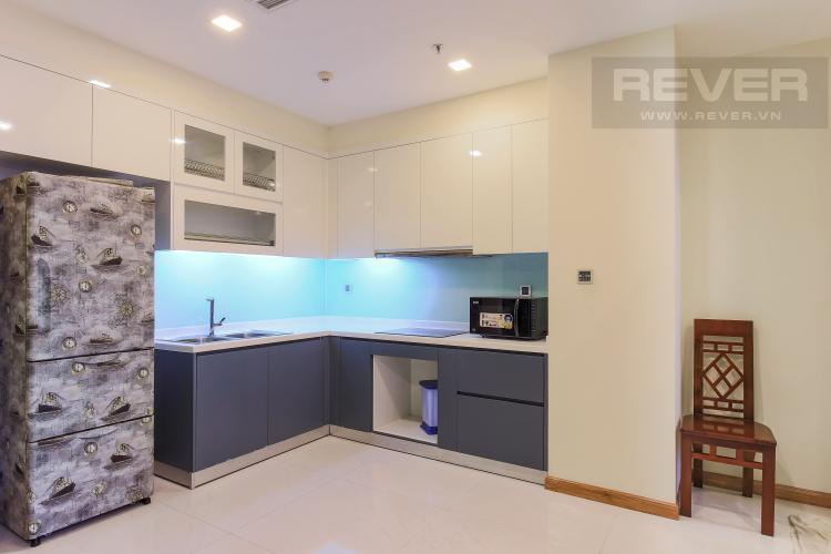 Phòng Bếp Căn hộ Vinhomes Central Park 2 phòng ngủ, tầng trung P6, view hồ bơi