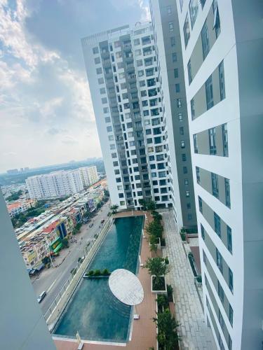 View Central Premium, Quận 8 Căn hộ Office-tel Central Premium tầng trung, đón view thành phố.