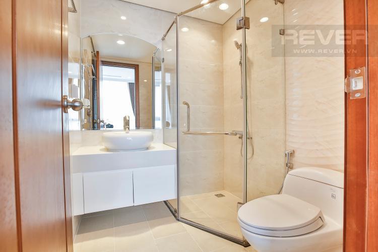 Toilet Căn hộ Vinhomes Central Park tầng cao C2 view về trung tâm thành phố