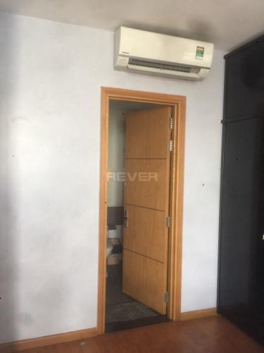 Phòng ngủ căn hộ Him Lam Chợ Lớn Căn hộ Him Lam Chợ Lớn tầng thấp đầy đủ nội thất, hướng Tây.