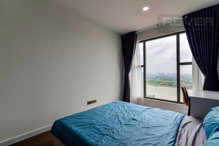 Phòng Ngủ 1 Cho thuê căn hộ Saigon Royal 2PN, tầng cao, tháp A, đầy đủ nội thất, view sông Sài Gòn và tháp Bitexco