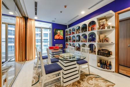 Căn hộ Vinhomes Central Park 2 phòng ngủ tầng cao P6 nội thất cao cấp