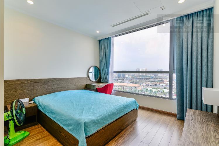 Phòng Ngủ 2 Căn hộ Vinhomes Central Park tầng trung 3PN đầy đủ nội thất, view hồ bơi