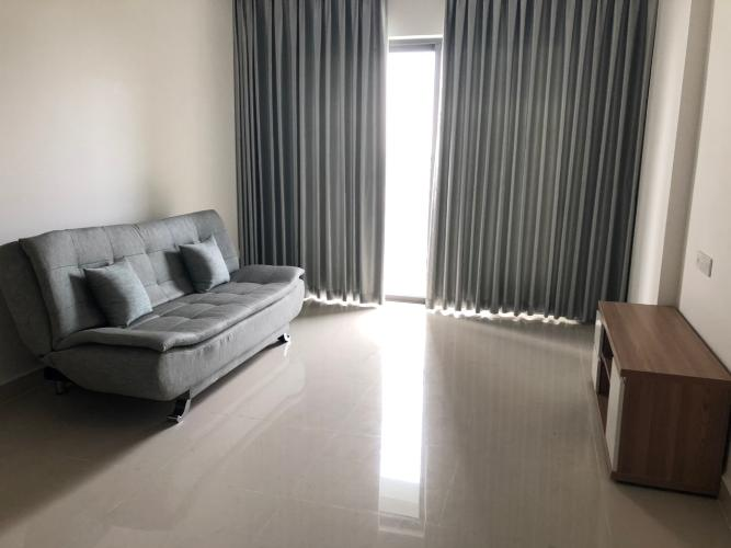 Căn hộ The Sun Avenue tầng trung, đầy đủ nội thất view nội khu.