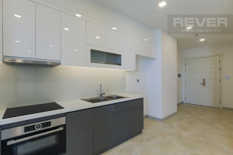 Phòng Bếp Bán hoặc cho thuê căn hộ Vinhomes Golden River 2PN, tầng cao, tháp The Aqua 1, view sông Sài Gòn