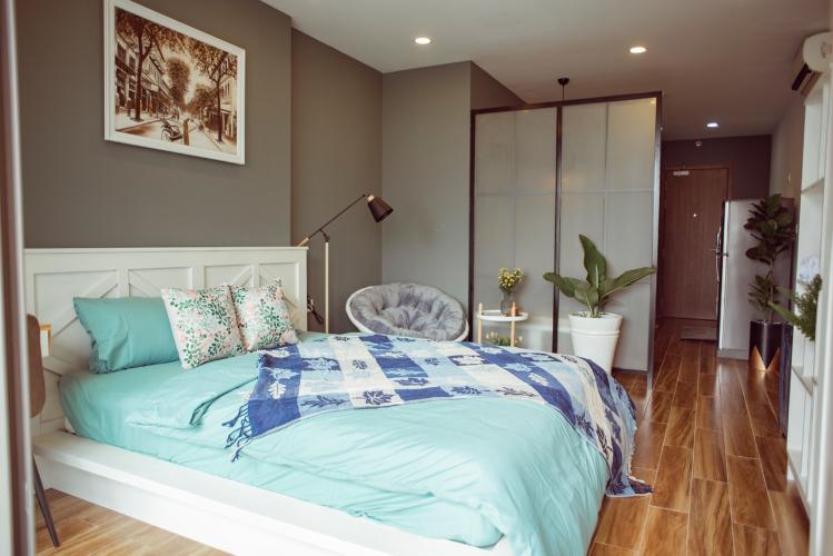 Phòng ngủ căn hộ OT Masteri Millennium Căn hộ Masteri Millennium đầy đủ nội thất, view sông và thành phố.