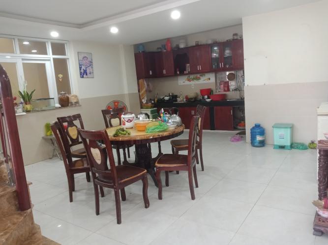Phòng ăn nhà phố Bến Phú Định, Quận 8 Nhà phố có dãy trọ cho thuê, hẻm xe hơi, trung tâm quận 8.