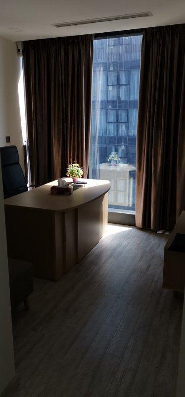 8d779c19ba485c160559 Bán căn hộ Vinhomes Golden River 3PN, đầy đủ nội thất, view sông và Landmark 81